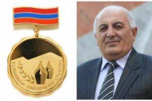 Сравнившему Лиску с Христом журналисту присвоено звание заслуженного журналиста Армении?