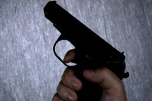 В Пятигорске полицейский выстрелил соседу в живот во время ссоры