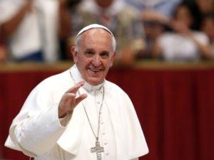 Папа Франциск начинает визит в Грузию