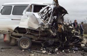 В Дагестане в ДТП с маршруткой погибли семь человек