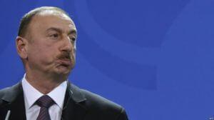 Азербайджан в пять раз сократил расходы на оборону