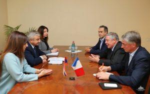 Председатель круга дружбы Франция-Карабах проинформирован о ситуации на линии соприкосновения