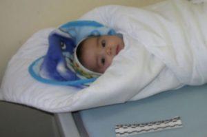 Главврач Бакинского дома ребенка: Ежегодно в мусорных контейнерах и подъездах в Баку находят от 30 до 50 брошенных младенцев