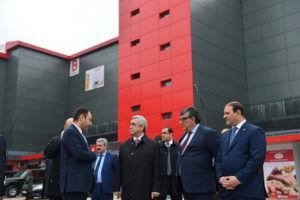 Саргсян принял участие в церемонии открытия нового торгового центра-ярмарки «Ереван»