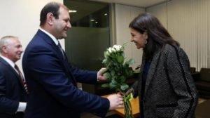 Мэр Парижа прибыла в Ереван