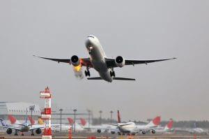 У самолета Москва – Ереван перед вылетом загорелся двигатель