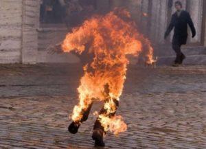 В Азербайджане мужчина пытался совершить самосожжение