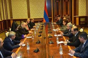 Саргсян: Если армяне покидают Сирию, желательно, чтобы они приехали в Армению