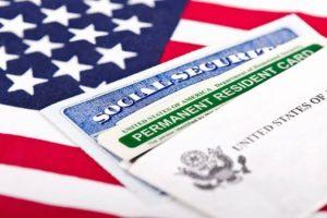 """Госдеп США объявляет о начале приема заявок на участие в лотерее """"грин карта"""" на 2018 год"""