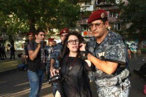 Супруга канадского кинорежиссера судиться с армянскими правоохранителями