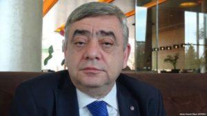 Старший брат Саргсяна остался почетным членом Гюмри (Видео)
