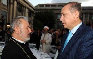 Константинопольский патриархат Армянской апостольской церкви решил избрать нового патриарха