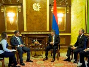 Между Арменией и арабским миром установлены тесные связи – Карапетян