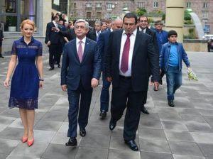 """Серж Саргсян присутствовал на церемонии открытия """"Multi Wellness Center"""" Гагика Царукяна"""