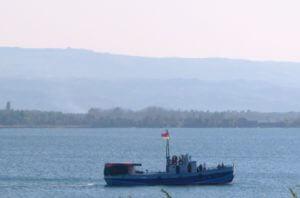 Двух Севанских рыбаков ищет МЧС