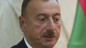 Почему Ильхам Алиев заявляет о давлении на Азербайджан: комментируют российские эксперты