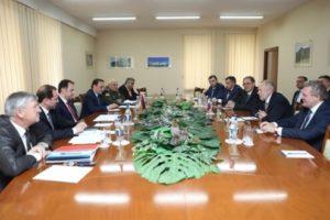 Минобороны Армении и ФСВТС РФ подписали в Ереване ряд документов