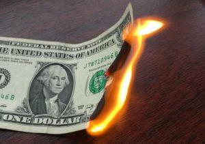 В Армении доллар и евро падают в цене