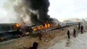 В Иране число погибших при столкновении пассажирских поездов увеличилось до 40 человек