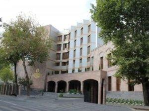 В Ереване предъявлено обвинение владельцу салона красоты, в котором произошла перестрелка