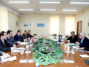 Министр обороны Армении и представитель НАТО обсудили вопросы региональной безопасности
