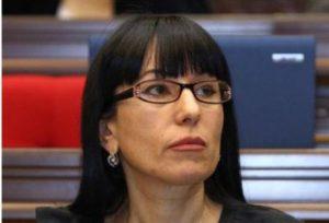 Глава «Процветающей Армении»: Депутат не должен вместо голосования нырять в сауну
