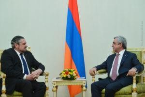 Президент: Армения готова укреплять отношения с Молдовой