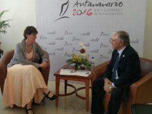 Глава МИД Армении обсудил с министром международного развития и франкофонии Канады сирийский кризис