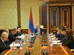Серж Саргсян созвал совещание