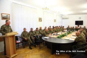 Президенты двух армянских государств провели совещание с высшим командным составом Армии обороны