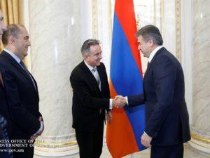Премьер-министр Армении обсудил с директором ЕБРР перспективы углубления двустороннего сотрудничества