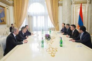 """Китайская компания готова реализовать проект """"Умный город"""" в Армении"""