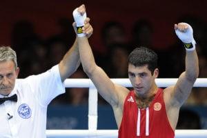 У боксера Миши Алояна отобрали медаль Рио за допинг