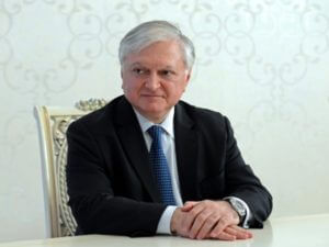 Налбандян: Азербайджан сам себя загнал в тупик