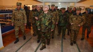Президенты двух армянских государств проверили работы по усилению оборонной системы и повышению боеподготовки солдат