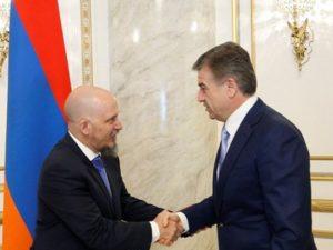 Премьер-министр: Показатели товарооборота между Арменией и Аргентиной находятся не на должном уровне