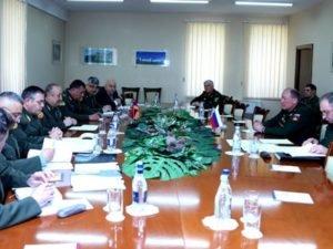 Военнослужащие Армении и России обсудили вопросы двустороннего сотрудничества