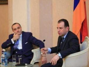 Министр обороны встретился с армянскими студентами высших учебных заведений России
