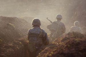 Азербайджан стрелял по арцахским позициям