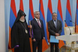 Президент Армении вручил высшую награду Эдуардо Эрнекяну