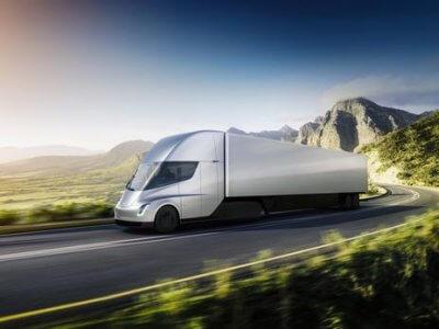 Tesla раскрыла стоимость фургонов Semi