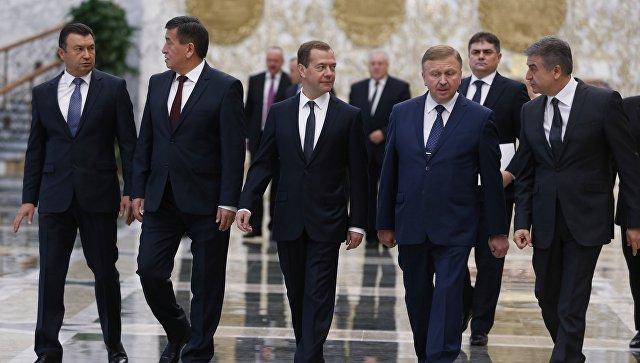 Додон считает рискованной инициативу овыходе Молдавии изСНГ