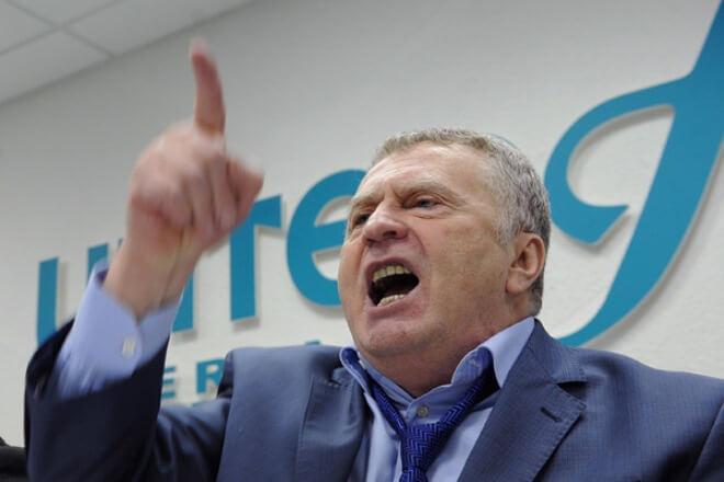 Жириновский советует всему миру отказаться отрукопожатий