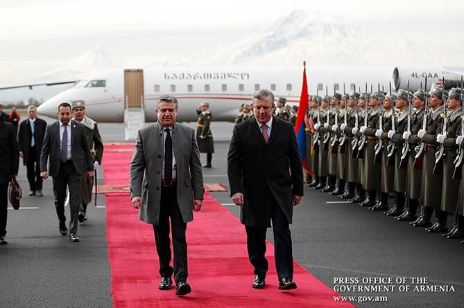 Премьер Грузии Георгий Квирикашвили прибыл вАрмению