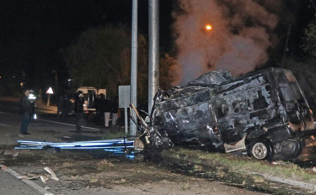 ВТурции сгорел автобус: 17 погибших, 38 пострадавших