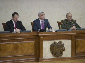 Серж Саргсян: Присвоение средств армии равносильно измене и непросительно