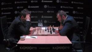 Аронян сыграл вничью с Мамедьяровым в девятом туре турнира претендентов