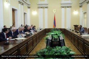 Парламентская фракция блока «Выход» встретится с российскими депутатами