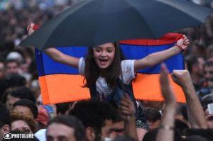 Психолог предложил уделять больше внимания патриотическому воспитанию молодежи в Армении
