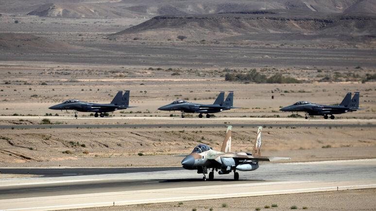 Общение сизраильской стороной ведётся: Песков обударе поавиабазе вСирии